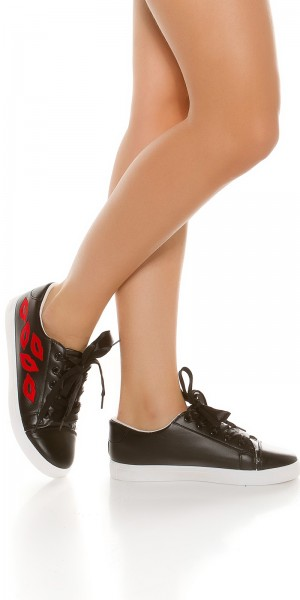 "Trendy Sneakers mit Stickerei ""Red LipS"""